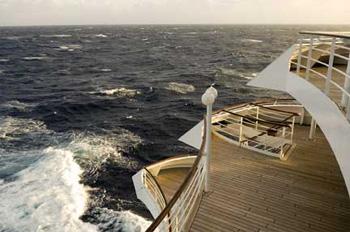 Auf den Außendecks von Crystal Cruises darf weiterhin in bestimmten Bereichen geraucht werden (Foto: Crystal Cruises)