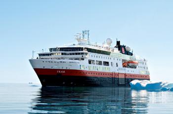Das Expeditionsschiff FRAM erkundet für Hurtigruten Arktis und Antarktis (Foto: Hurtigruten)