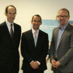 v. lks.: CEO Adam Goldstein, Vice President Dominic Paul sowie Tom Fecke, General Manager für die deutschsprachigen Märkte, waren auf der Seatrade offen für Fragen