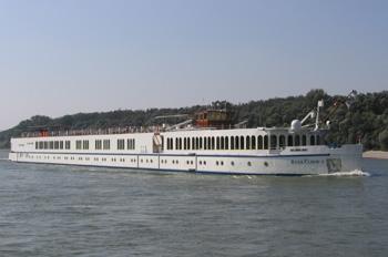 Die RIVER CLOUD 2 fährt in 2014 ihre letzte Saison für Sea Cloud Cruises (Foto: Marc Tragbar)