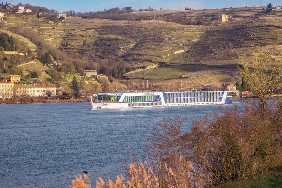 Flussschiff Klimt